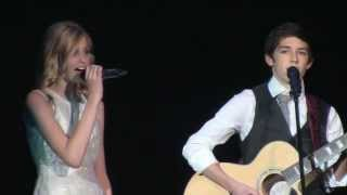 "Hello Texas 2013 Bryson Dunn and Raegan Harris singing ""Everythink Has Changed"""