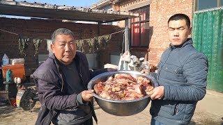 【食味阿远】阿远做酱牛肉吃,花1770块买了49斤牛腱子,老板说:我都没得卖了   Shi Wei A Yuan