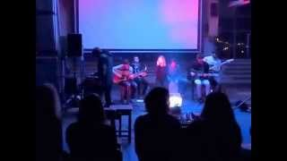 Video When It Rains - Co bude dál (živě unplugged)