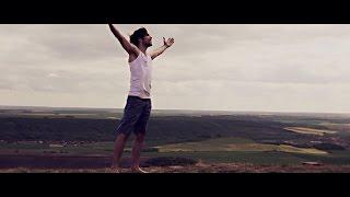 Roman Tomeš - Iluze (oficiální videoklip)