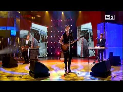 Mads Langer - You're not alone - Live@Quelli che... + Interview