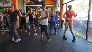 Marc Anthony   Me Parecen Viernes  Zumba Fitness
