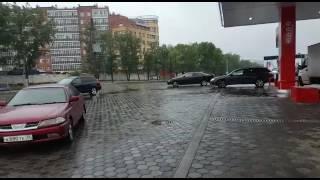 На АЗС дождевая вода смешалась с бензином
