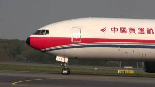 preview picture of video 'China Cargo B777 landing'