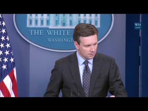 1/12/17: White House Press Briefing