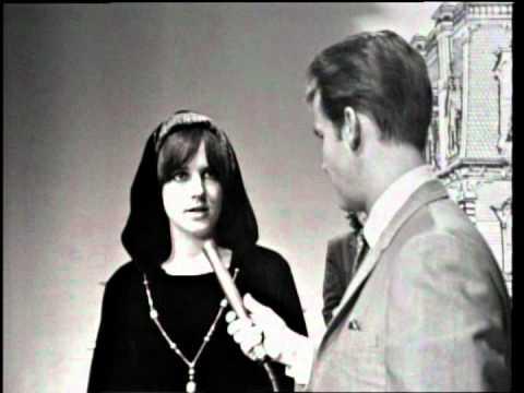 Dick Clark Interviews Jefferson Airplane - American Bandstand 1967