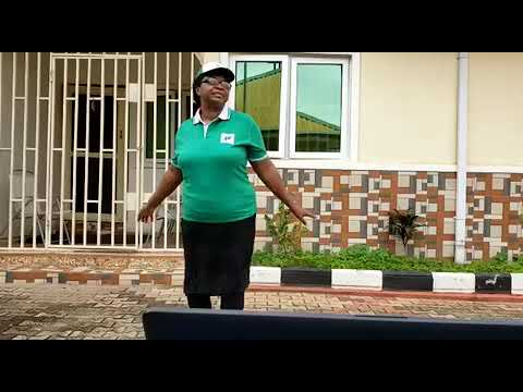 President of Medical Women's Association of Nigeria join the dance chain