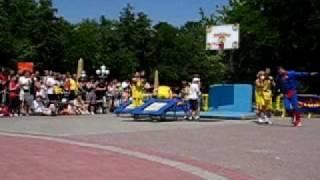 basket-superman