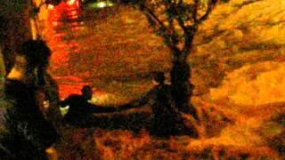preview picture of video 'Sauvetage lors des inondations de saint max mai 2012'