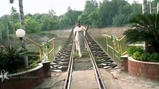 Ratchagar Piranthar -Vellivanile song