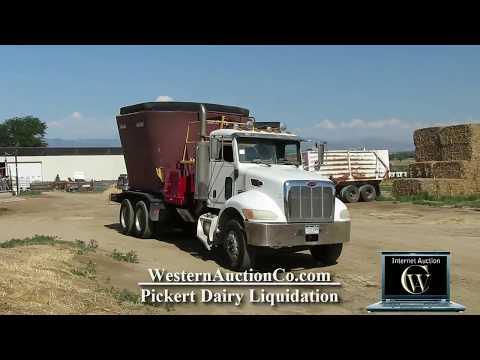 2006 Peterbilt 335 Feed Truck | Western Auction Co