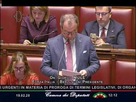 FRONTALIERI, MULE': «LA BATTAGLIA CONTINUA FINCHE' NON SI RISOLVE QUESTIONE TARGHE»