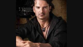 Suavecito - Ricardo Arjona  (Video)