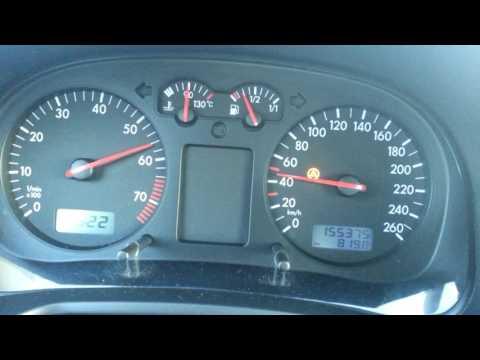 Wovon im Wagen nach dem Benzin riechen kann