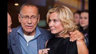 Объявлено о крушении брака Кончаловского и Высоцкой