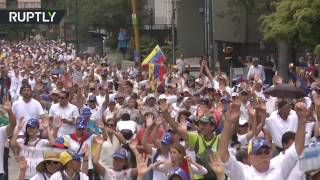 10,000-strong 'March of Silence' commemorates 15 people killed in anti-govt protests in Venezuela