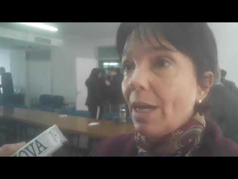 """VIDEO de Marcó del Pont en La Plata: """"Hay que investigar quienes se beneficiaron con la torpeza de Sturzenegger"""""""