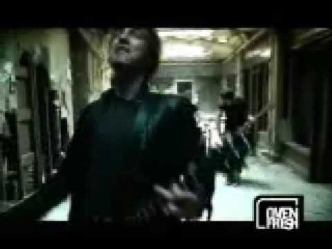 Three Days Grace - Gone Forever (Music Video)