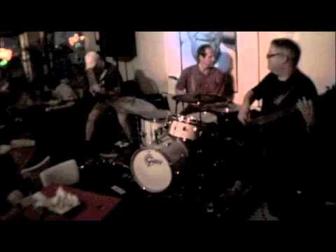 The Dave Lynch Group at Luna's Cafe - Blind Date