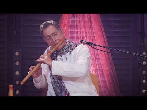 Maître de la flûte de bambou, le portugais Rão Kyao honore Gandhi Maître de la flûte de bambou, le portugais Rão Kyao honore Gandhi