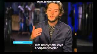 Тоби Регбо, Toby Regbo talks about his relantionship with Adelaide Kane between takes on Reign set pablitam