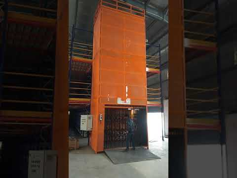 Vertical Hydraulic Goods Lift