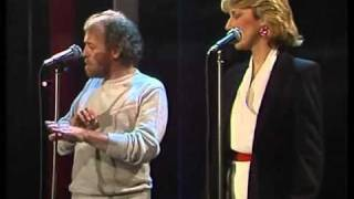 Joe Cocker & Jennifer Warnes - Up Where We Belong