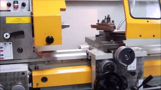 How to operate a Lathe Machine