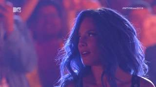 MTV MIAW 2019 | Halsey   ''Nightmare'' (Live)