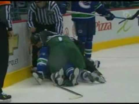 Brian Rolston vs Alexandre Burrows