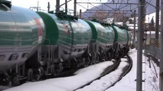 スイッチバック 篠ノ井線姨捨駅列車交換の様子 EH200  特急しなの  普通列車