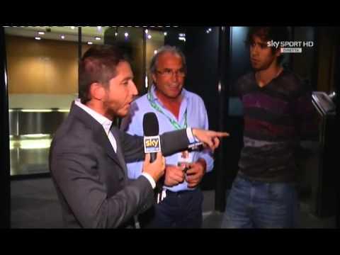 immagine di anteprima del video: Il d.s. Olli presenta Juan Antonio in diretta su Sky Sport