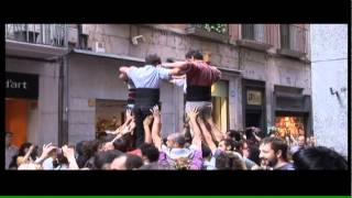 preview picture of video 'Flors i Castells, flashmob dels Marrecs de Salt'