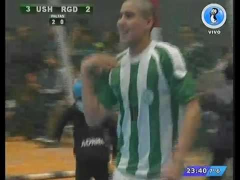 Ushuaia se quedó con el clásico y jugará la semifinal con Comodoro