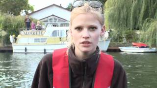 Lara Stone Appeal For Text A Fiver | Walliams Vs The Thames Day 7 | Sport Relief 2012