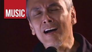 "Jim Paredes - ""Batang Bata Ka Pa"" Live!"