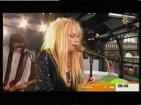 The Asteroids Galaxy Tour - Around The Bend (Live)