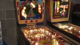 "Gottlieb Pinball Machine (EM) From 1969 ""Target Pool"""
