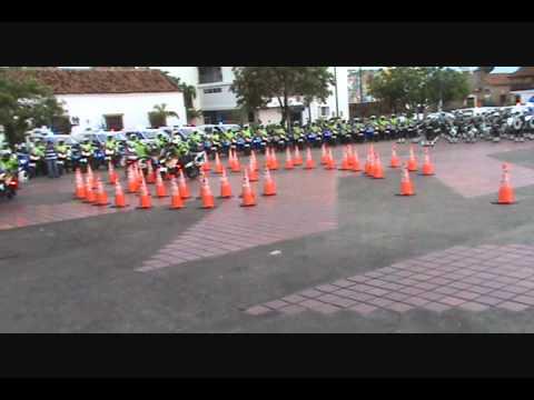 Ceremonia de entrega de elementos a la Policia Nacional Dirección de Tránsito y Transporte