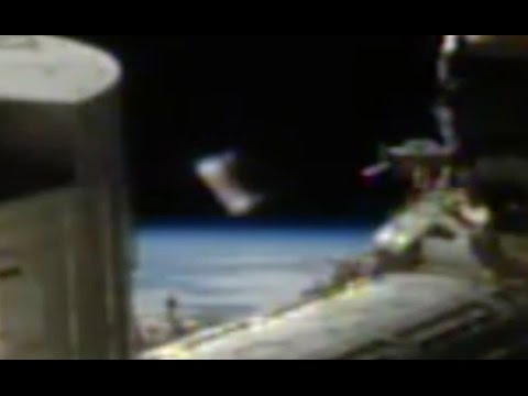 UFO Appears At Space Station On April 19, 2017, UFO World News.