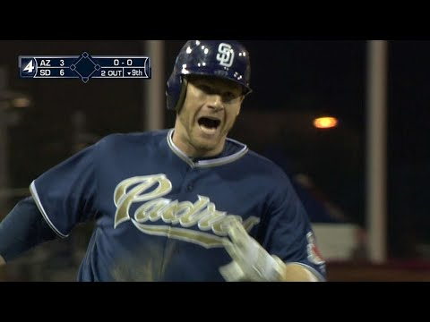 Headley wins game with homer in the 9th