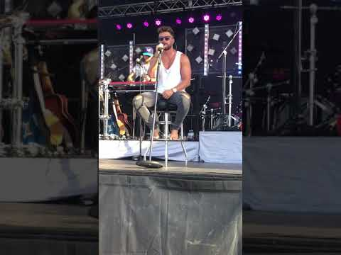 """Chris Lane """"I Don't Know About You"""" 6/30/18 Maryland"""