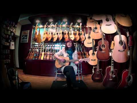 """MUSICACOUSTIC SESSION"" // Prita Grealy - By Your Side"