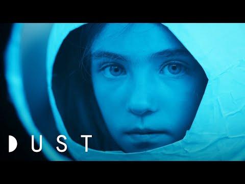 DUST – Malé kosmonautky