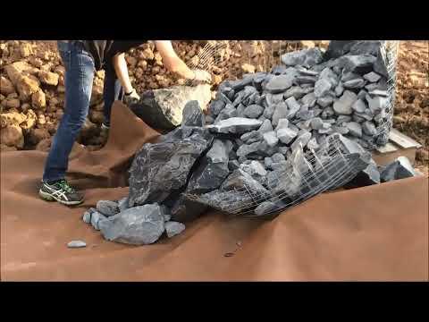 Mise en place d'une rocaille