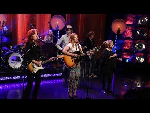 Sheryl Crow, Bonnie Raitt, and Mavis Staples Take the Stage