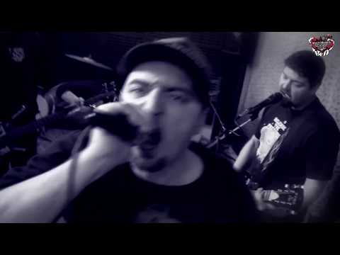 Backfliping Dog (BFD) - Backfliping dog (BFD) - Bečva separatist (Official clip 2015)