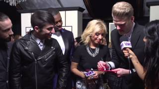 PTX Sends Love Through a Valentines Card to Sam Smith (Grammy Stars 2015)