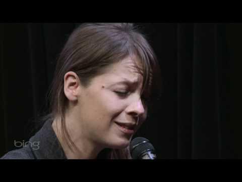 Laura Jansen - Use Somebody (Bing Lounge)