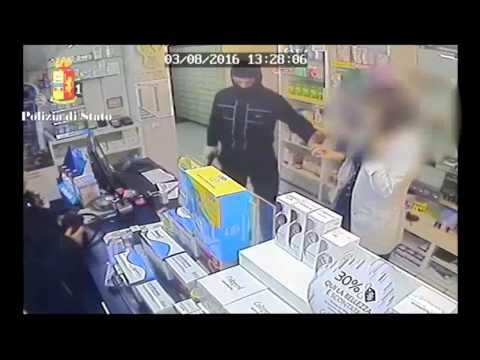 Patogeno femminile nelle farmacie di Mosca